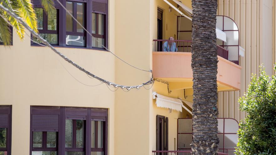La residencia de Sant Joan «invita»  a irse a quien no aguante confinado