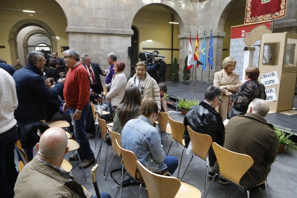 Gijón alza la voz para exigir el comprometido plan de vías.