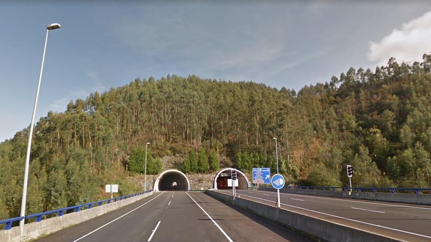 Cortan la Autovía del Cantábrico a la altura de Ribadesella por un aviso de kamikaze