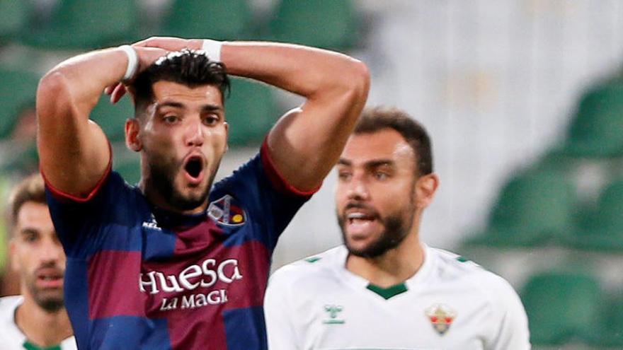 La opción de Rafa Mir se pone complicada para el Valencia