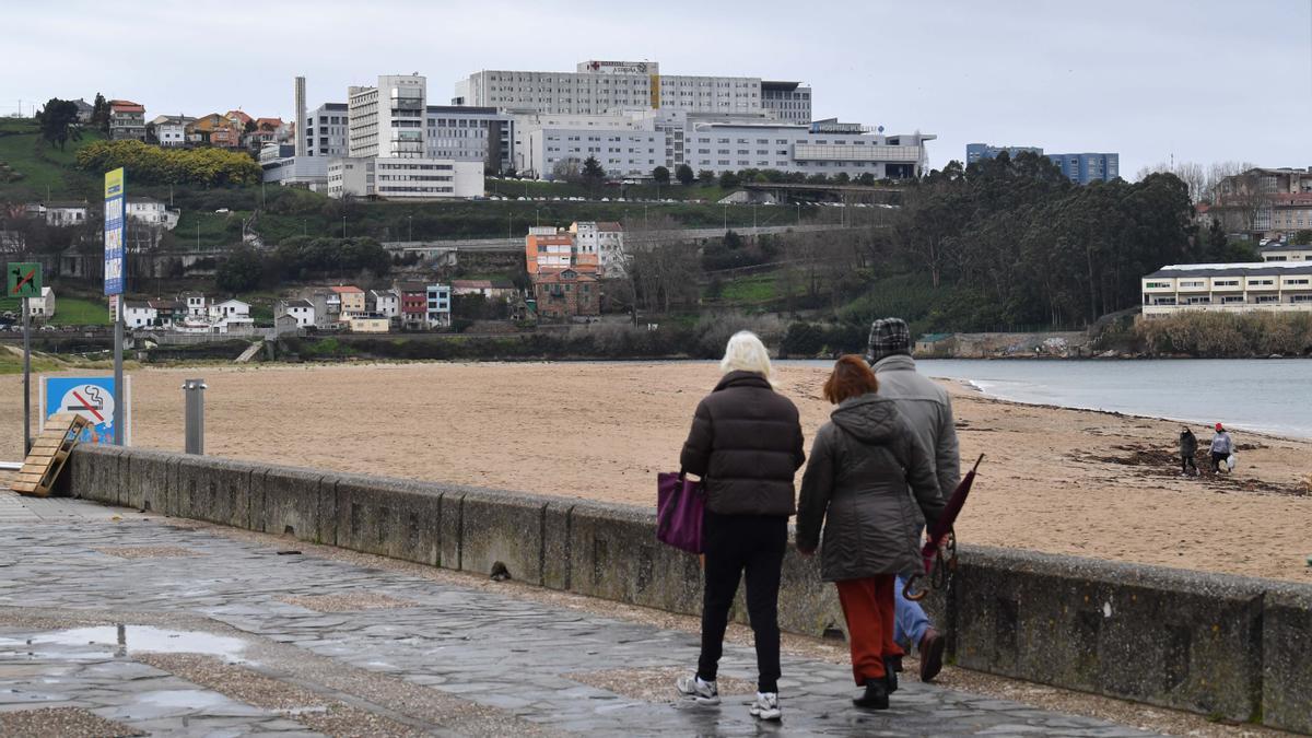 Vista del edificio principal del Complexo Hospitalario Universitario de A Coruña (Chuac). / Víctor Echave