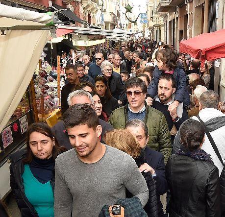 Desde el Ayuntamiento de Vila-real se trabaja este año para evitar aglomeraciones en puntos concretos (en la imagen la calle Major Sant Doménec), habituales en años anteriores a la pandemia.