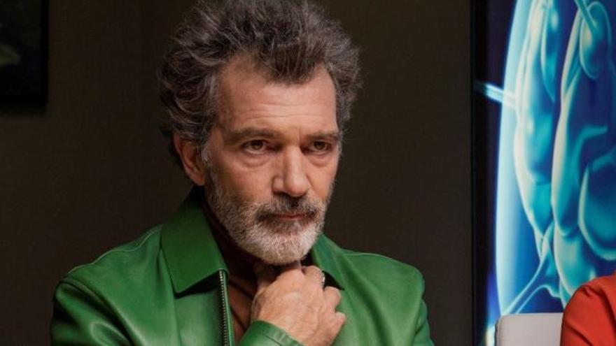 ¿Qué ver hoy en televisión? Amador Mohedano regresa al 'Deluxe' en una noche en la que Antonio Banderas y María Casado presentarán los Goya