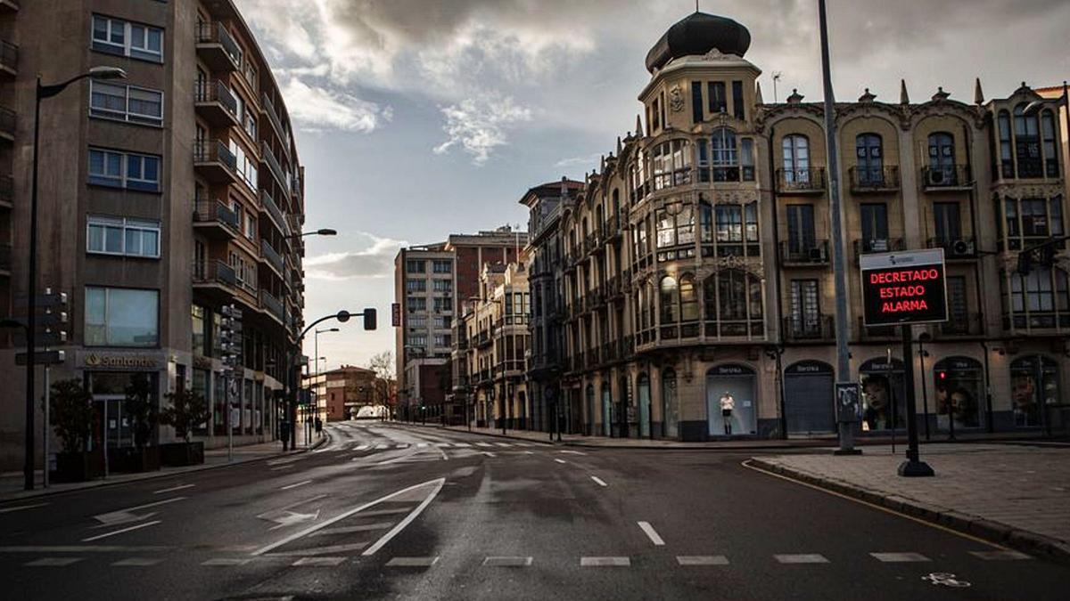 La ciudad de Zamora, desierta, en el primer día de estado de alarma.