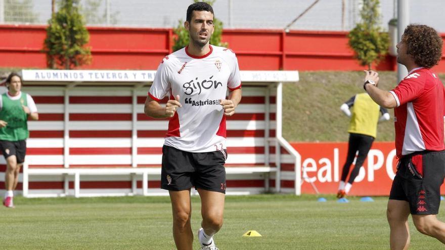 """Ricardo León: """"Djuka es la gran amenaza de las defensas de Segunda"""""""