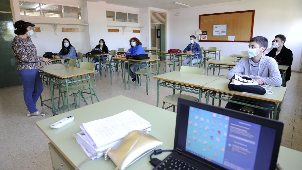 Alumnos del Instituto Antón Losada Diégurez de Lalín. // Bernabé/Javier Lalín