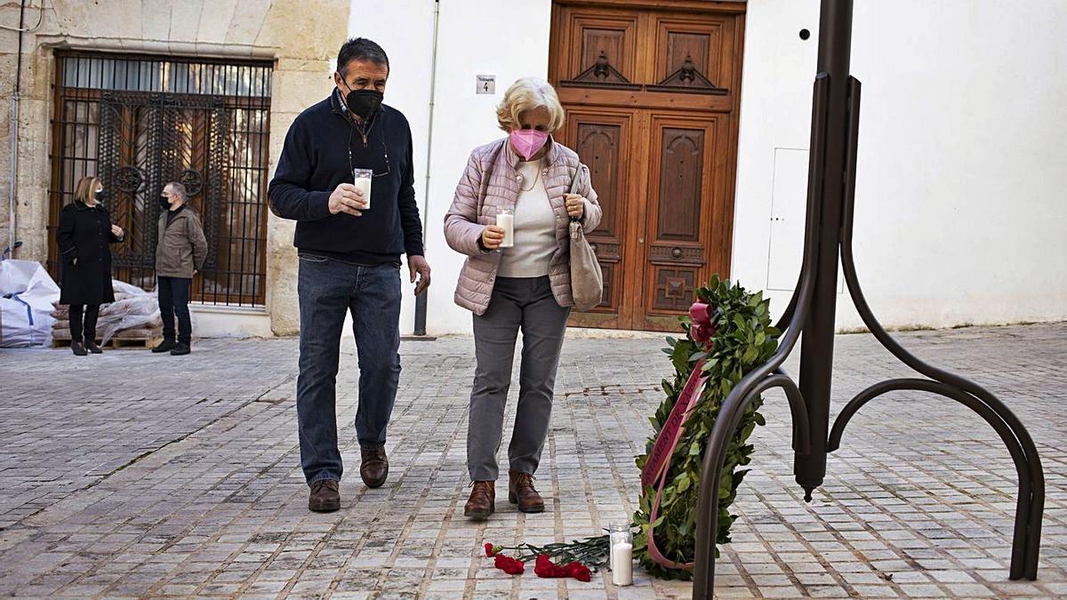 Ofrenda a las víctimas setabenses del Holocausto   PERALES IBORRA
