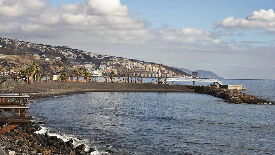Reabiertas todas las playas de Candelaria once días después del cierre por el piche