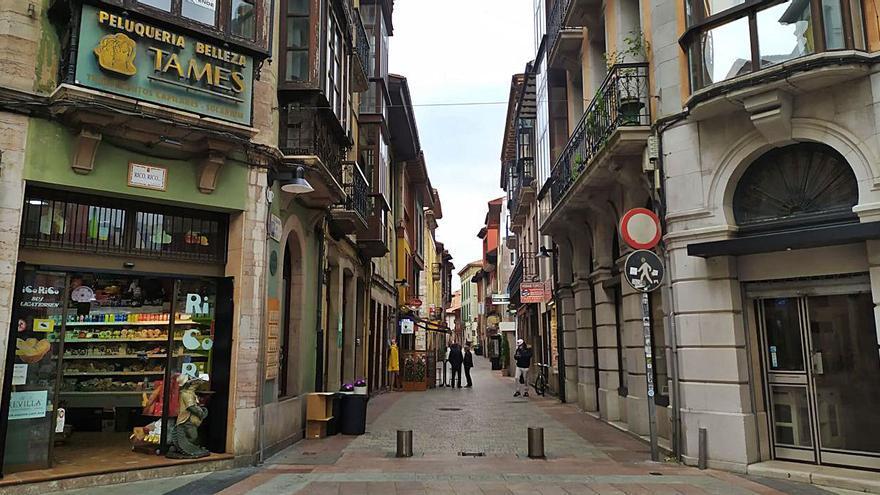 """Hostelería y comercio de Llanes, al límite: """"Nuestra única esperanza es el 9 de mayo"""""""