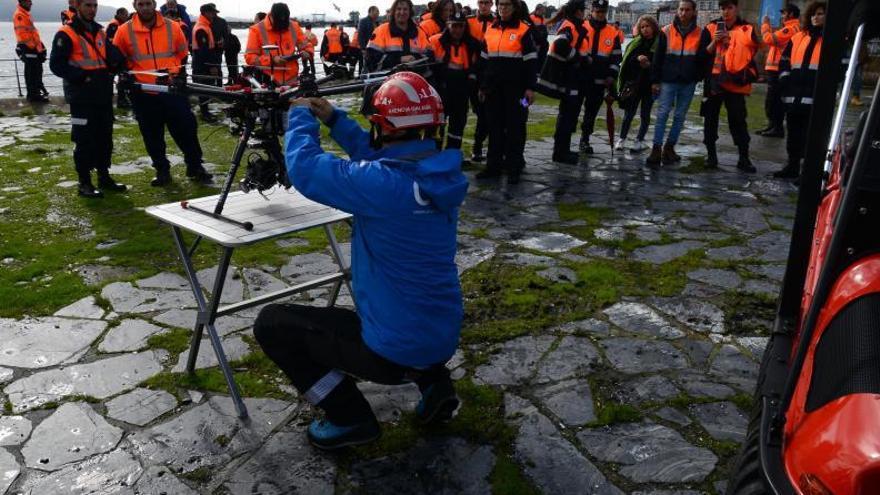 Homenaje a los voluntarios contra el COVID por el patrón de Protección Civil