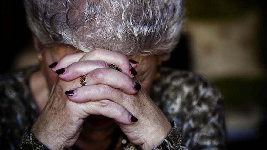 A juicio una empleada de Clece por pegar a una anciana