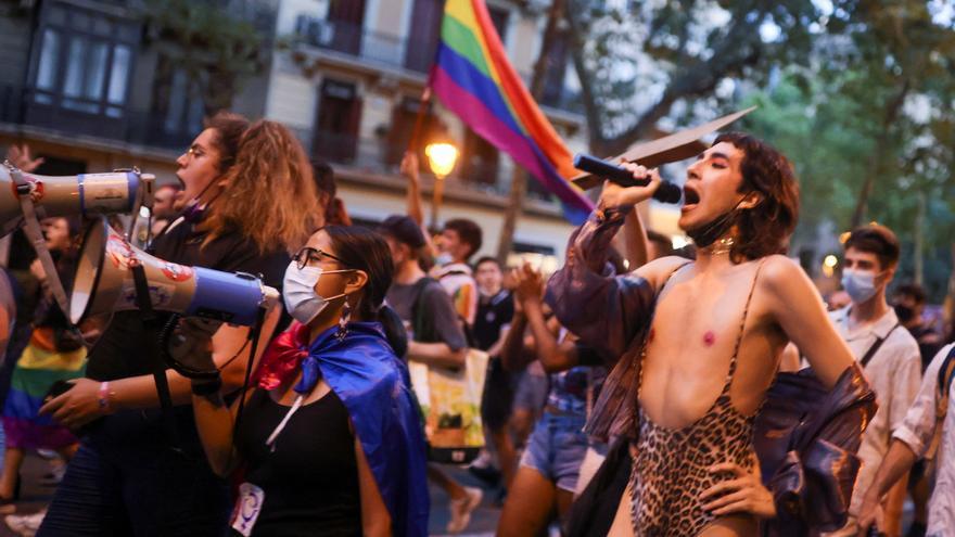 Denuncian dos agresiones en Canarias por la orientación sexual de las víctimas