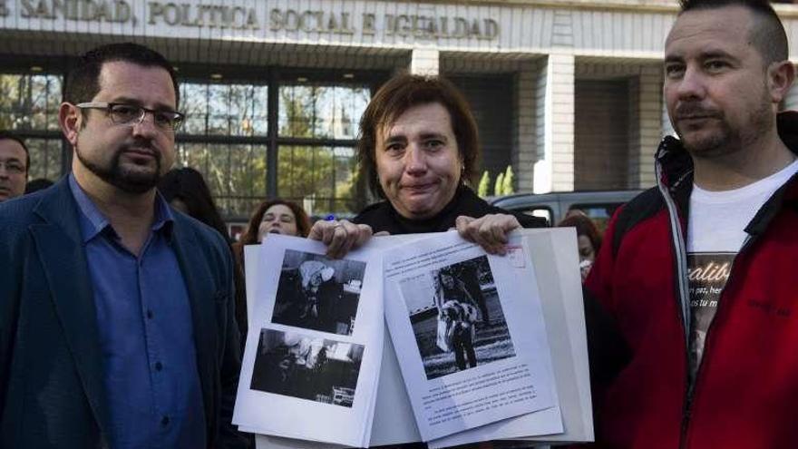 """Teresa Romero admite que suplicó a dos compañeros que le """"ayudaran a morir"""""""