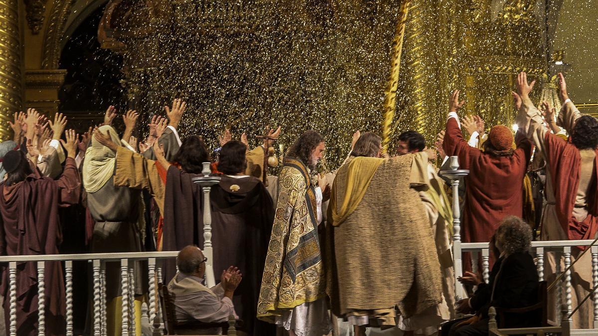 Una escena de la segunda parte del Misteri, La Festa, correspondiente a la representación del pasado año.