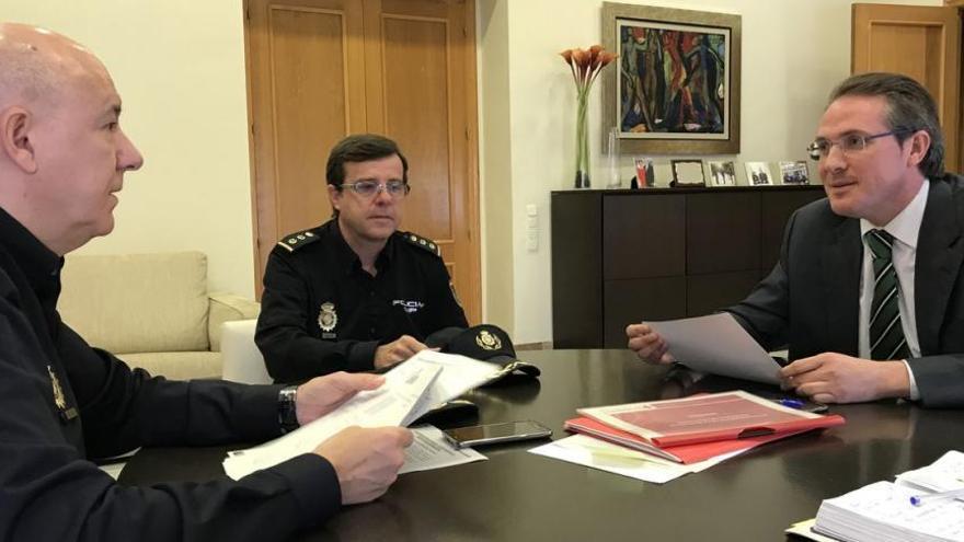 El Gobierno prestará el servicio de DNI móvil en el interior de Castellón a partir de la próxima semana