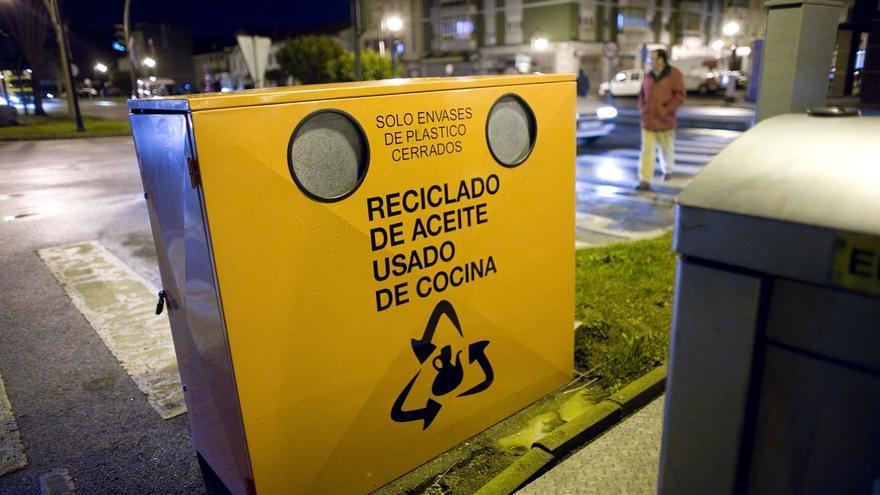 El Ayuntamiento de Carreño se suma al Día de la Tierra reciclando aceite usado