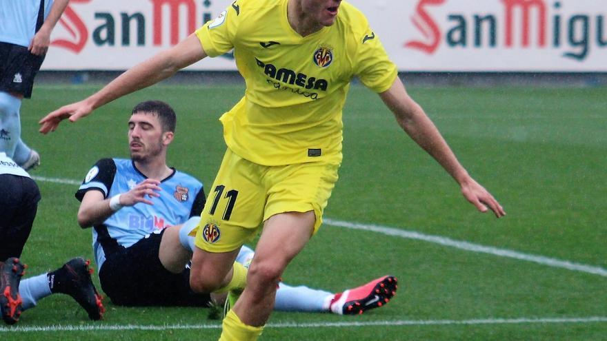 El Villarreal C vapulea al Olímpic Xàtiva y se medirá al Saguntino en el 'play-off' (0-4)