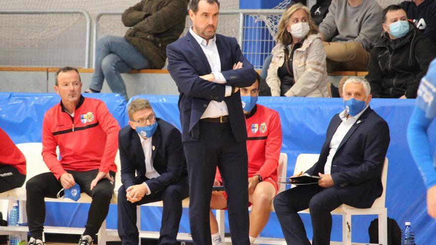 Carlos Sánchez deja de ser entrenador del Peñíscola