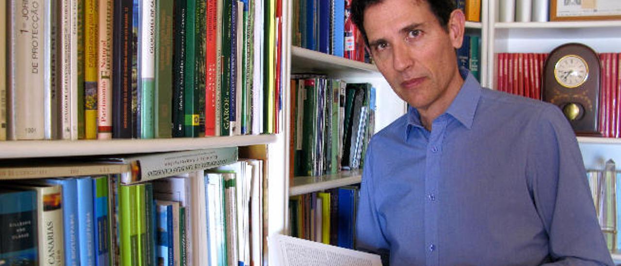 El catedrático José María Fernández-Palacios.