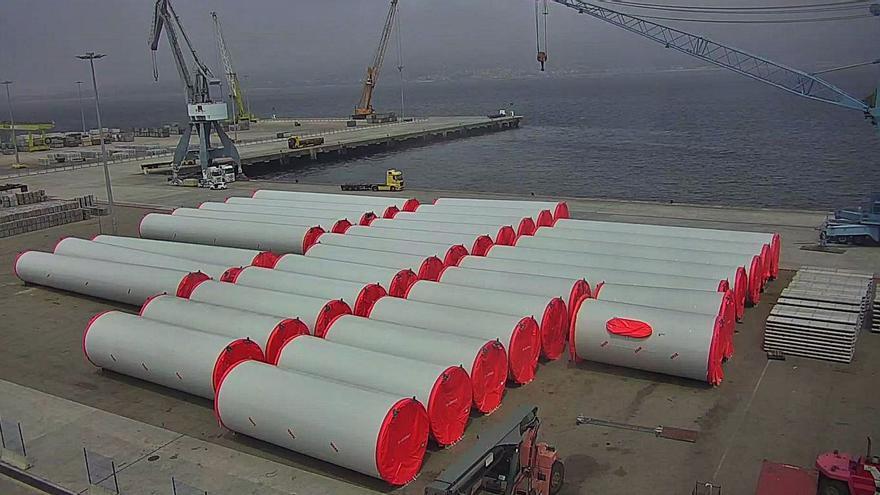 Megaembarque eólico en el Puerto vigués