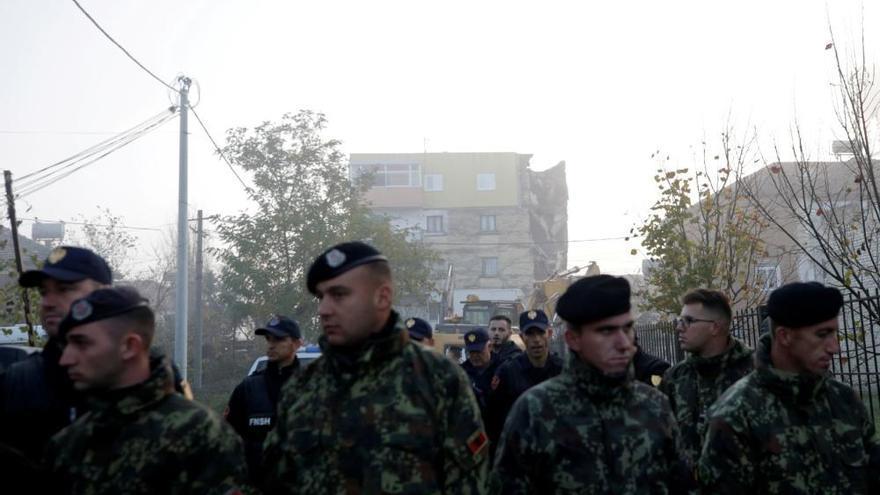Moren almenys 21 persones en un terratrèmol a Albània