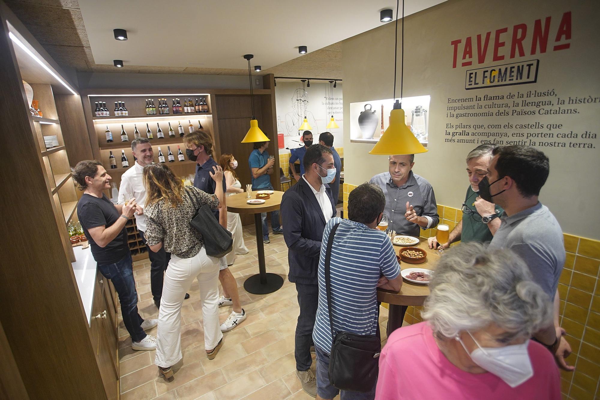 El Foment de Girona inaugura la nova Taverna a la plaça Mercaders