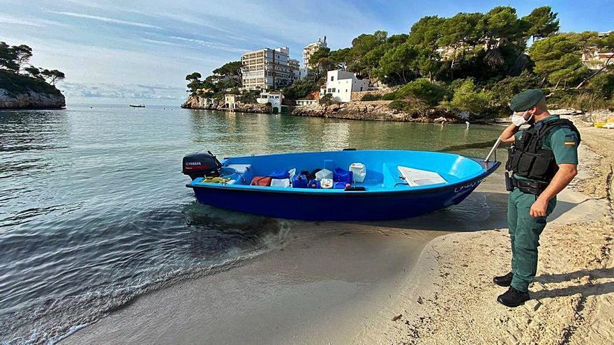 Baleares manda al CIE de Murcia a 16 inmigrantes