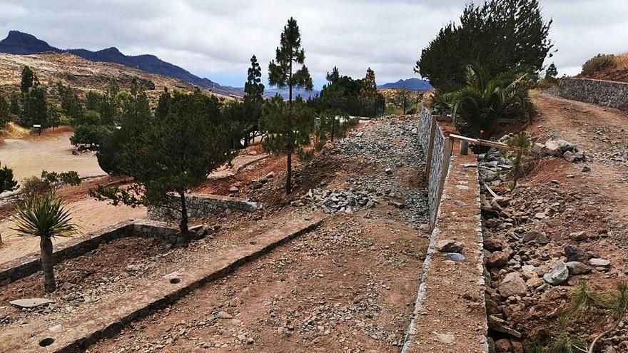 El merendero de la ermita de Santiago tendrá más mesas y red contra incendios