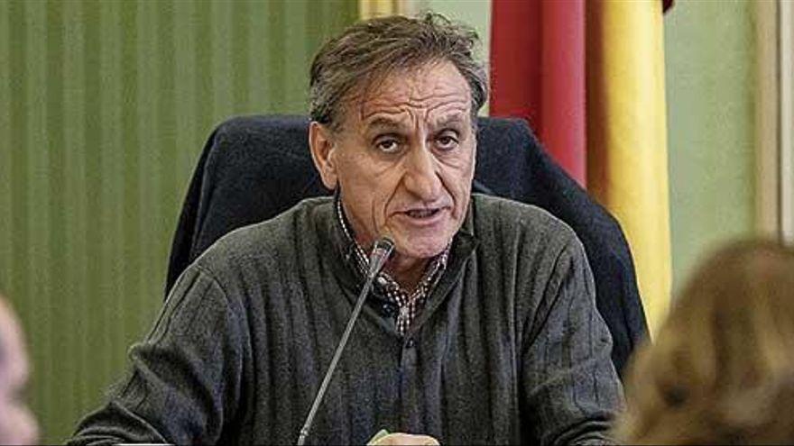Destituyen al defensor del menor de Baleares por no vacunarse contra la covid