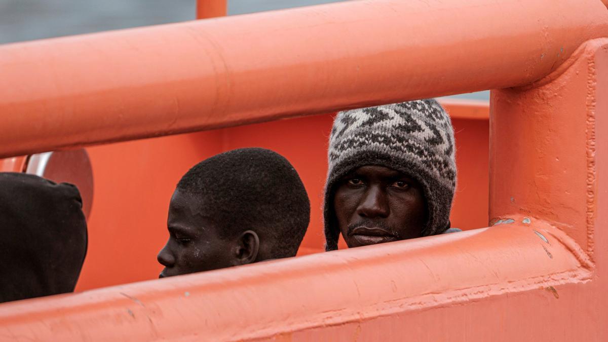 Rescatada una embarcación con 40 inmigrantes al sur de Gran Canaria