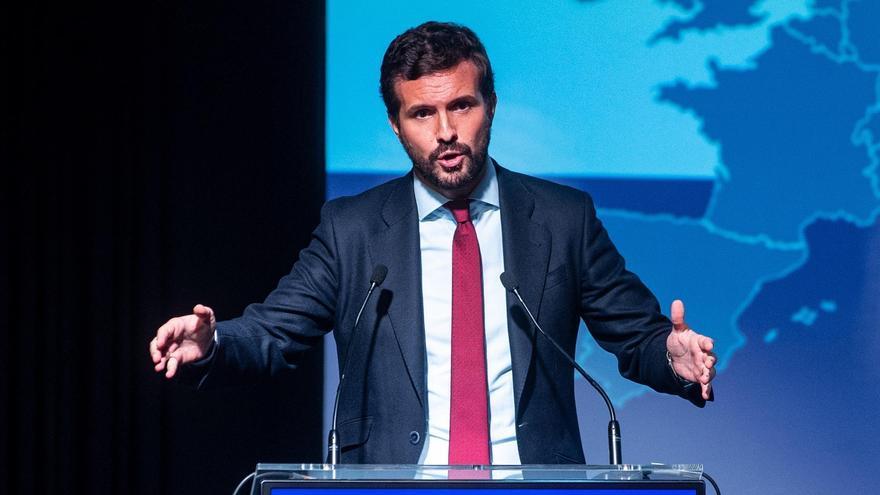 """Pablo Casado exige a Sánchez que """"cumpla su palabra"""" y traiga a España a Puigdemont"""