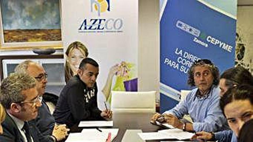 Negociación colectiva en Zamora | Casi 6.000 trabajadores de hostelería y comercio buscan la subida del salario mínimo