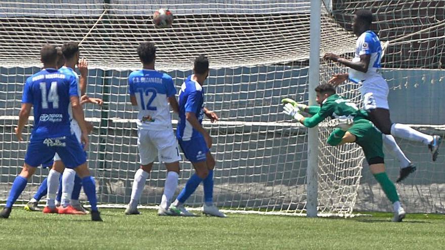 El empate del San Fernando saca al Buzanada de la lucha por subir a la Segunda RFEF
