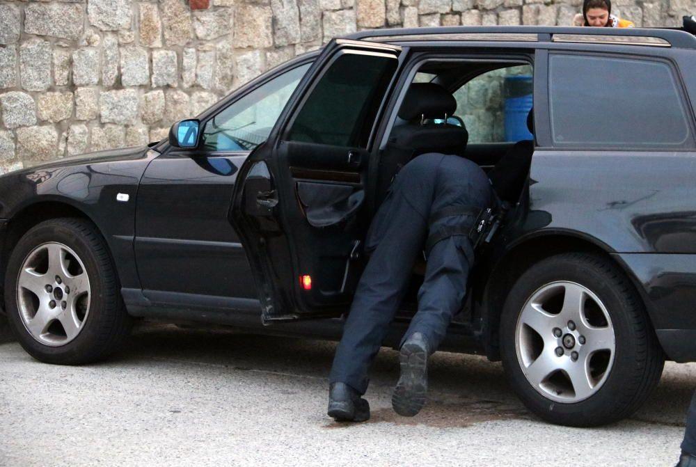 Ampli dispositiu policial per evitar un nou tall dels CDR a la Jonquera