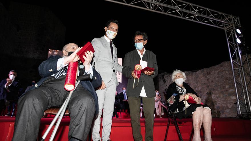 Un reconocimiento a tres personas que ayudaron a mejorar Ibiza