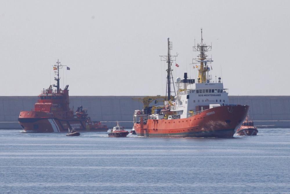 Llegada del Aquarius al Puerto de València