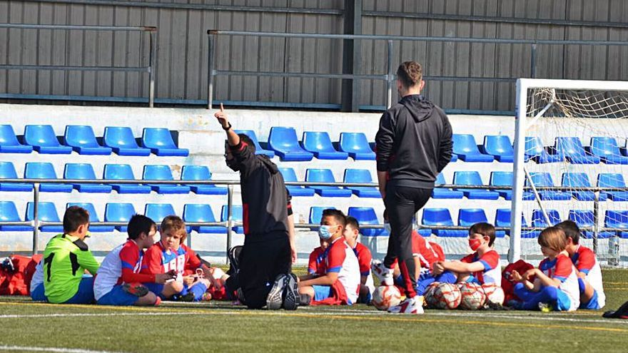 Benicàssim instalará luces led en el campo de fútbol Torre Sant Vicent