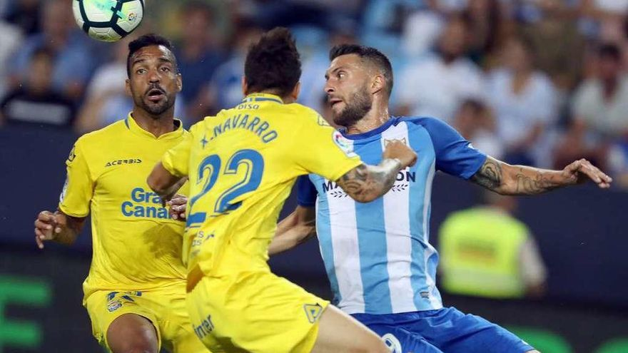 Las Palmas se estrena, Málaga no suma