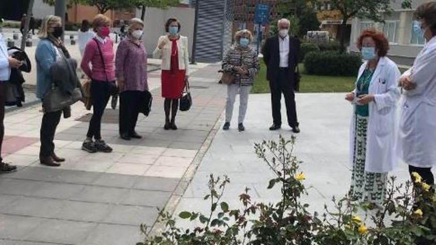 """La investigadora florista Matilde Ferrer presenta en Madrid la rosa """"Ramón y Cajal"""""""