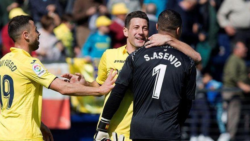 """Asenjo: """"No pensamos en Marcelino, sino en ganar al Valencia"""""""