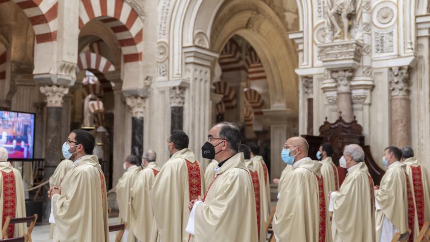 """El Obispo de Córdoba dice que """"la Iglesia necesita sacerdotes"""" y admite que faltan vocaciones"""