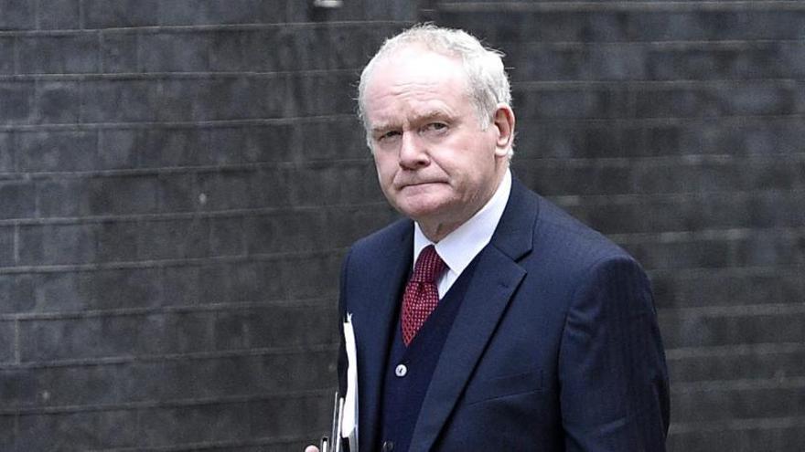 McGuinnes dimite del gobierno de Irlanda del Norte y aboca a la región a elecciones