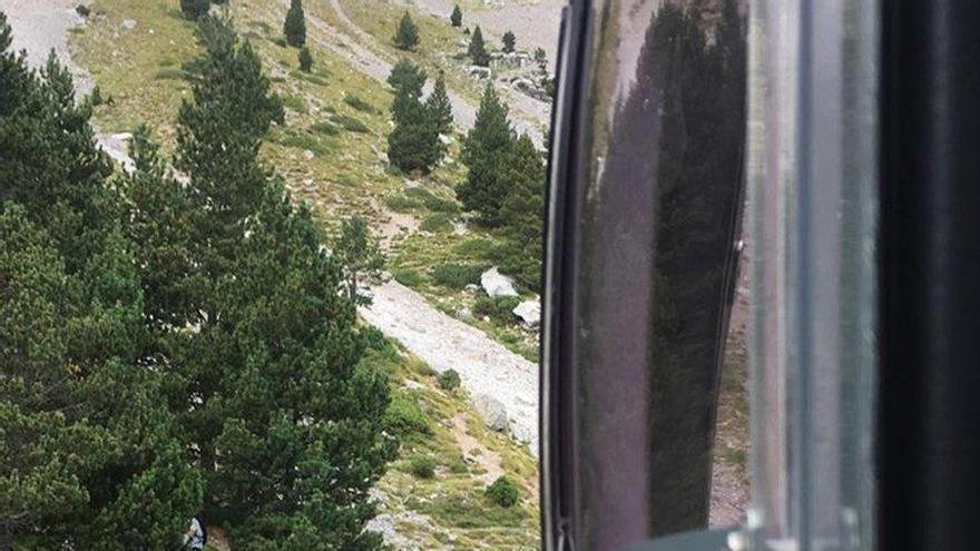 Rescaten en helicòpter un excursionista accidentat a la tartera del Pedraforca
