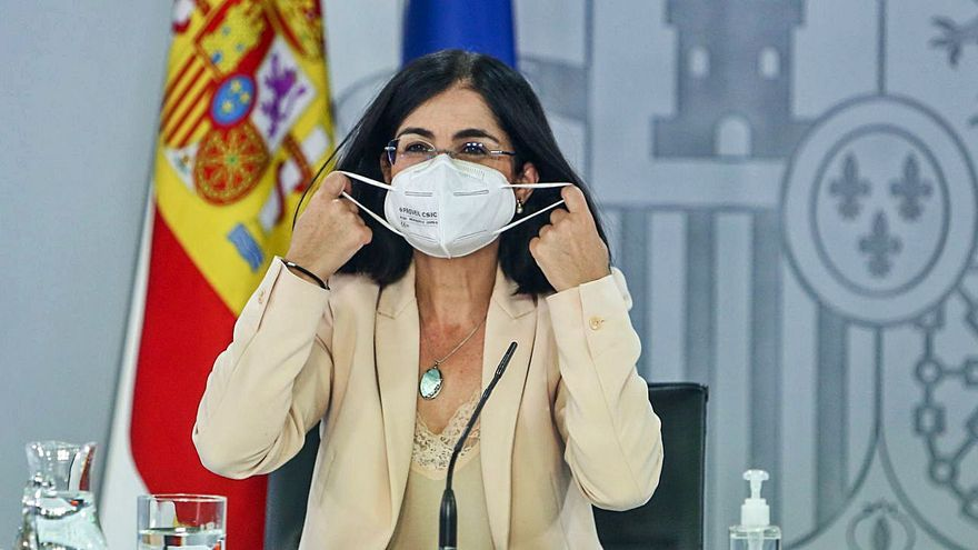 El Gobierno rechaza la petición de las autonomías de retirar el decreto que relaja la mascarilla