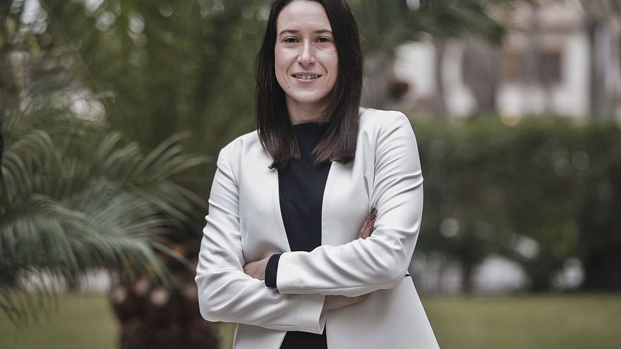 Naomi Riu: «No se nos caen los anillos por vender hoteles»