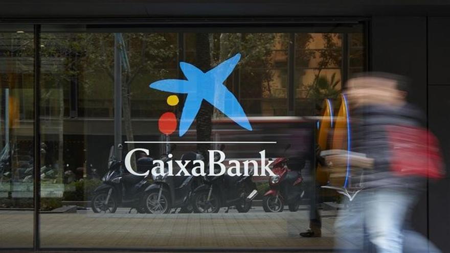 Los ere masivos costarán a los bancos más de 2.800 millones este año