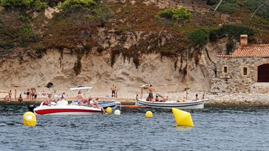 Tres ofegaments, dos d'aquests mortals, a les platges catalanes aquest diumenge