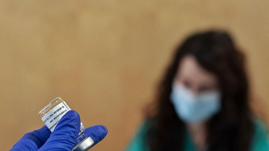 Zamora vacunará el sábado 24 de abril a mutualistas nacidos entre 1942 y 1951