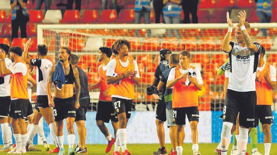 La planificación deportiva del Valencia a fuerza de impulsos y algunas 'filtraciones'