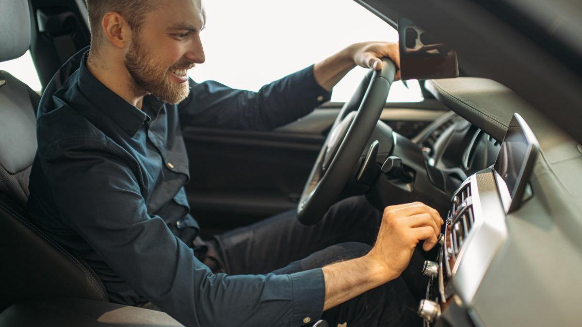 El 25% de españoles no revisa su coche antes de viajar.